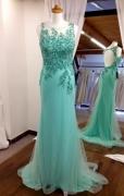 Spol. šaty zelené